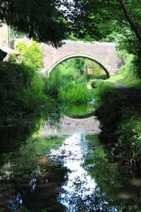 Ile's Bridge, Thames and Severn Canal, looking east